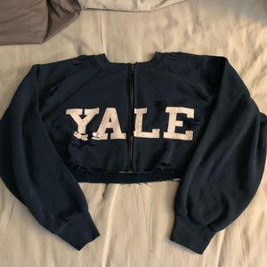 Furst of a Kind - Yale Cropped zippered sweatshirt